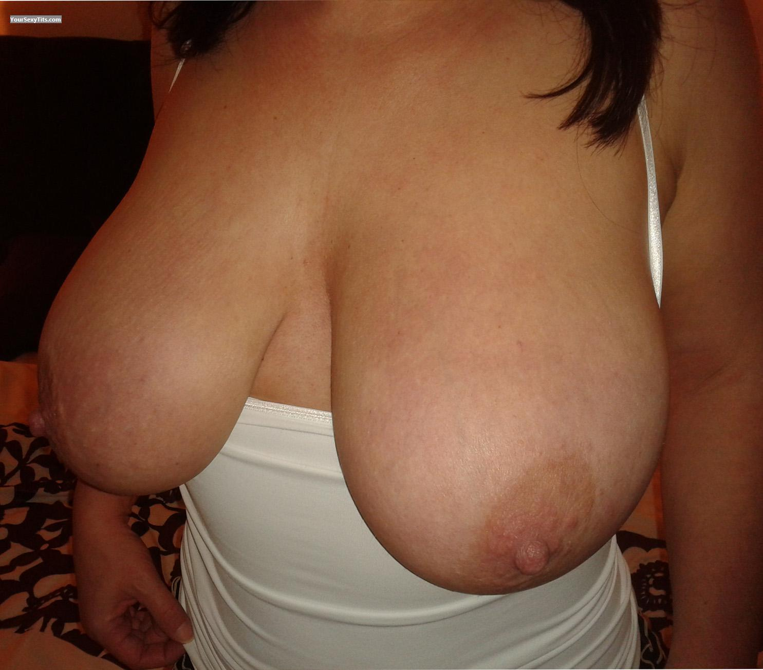 Tit Flash: Wife's Very Big Tits - Mamma36ff from United Kingdom