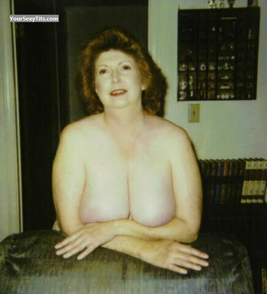 Very big Tits Of My Wife Topless Old Folks