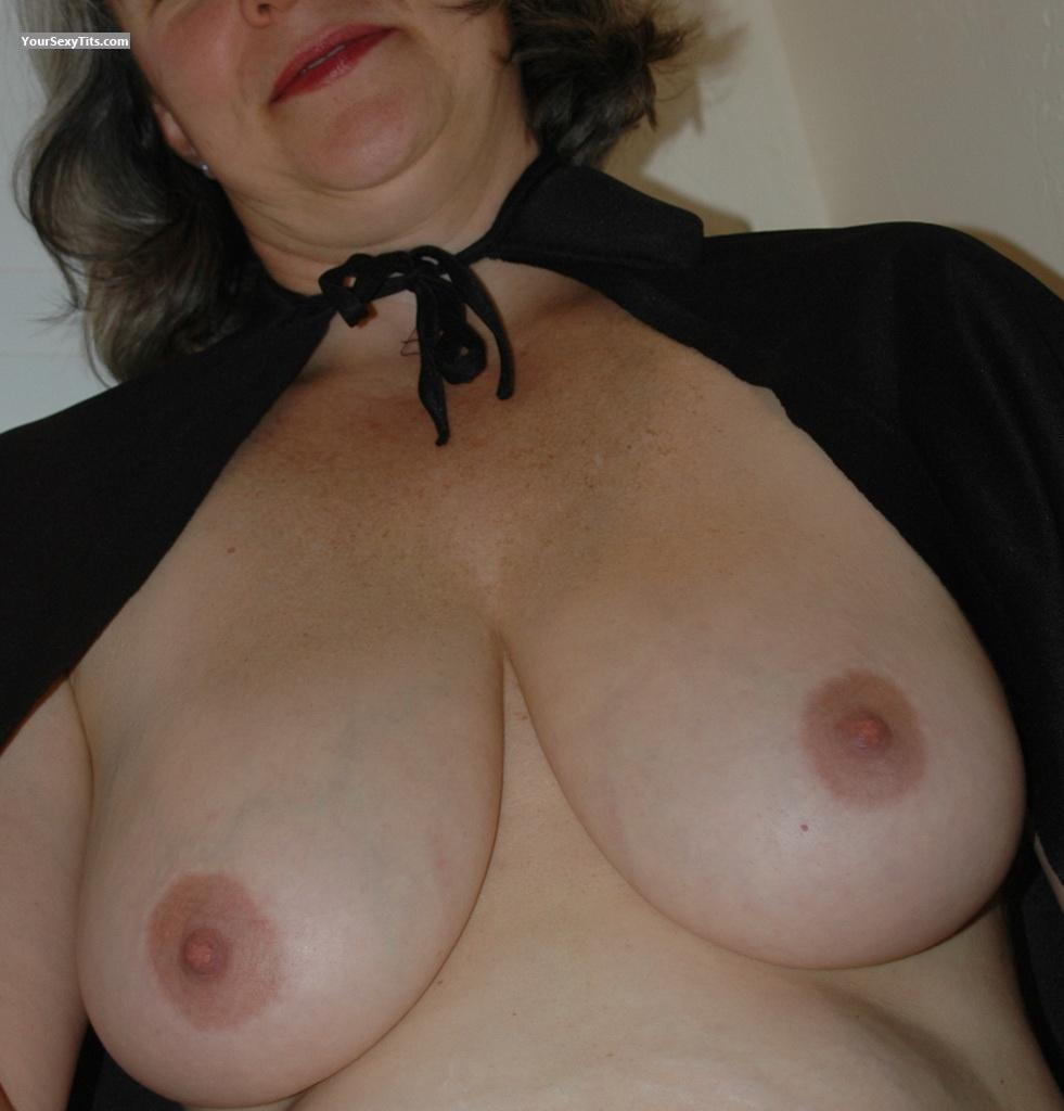 Very big Tits North West Linda