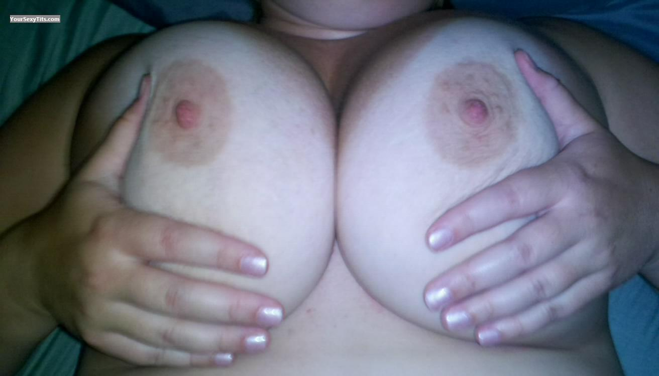 Tit Flash: Very Big Tits - Jackinjill80 from United States