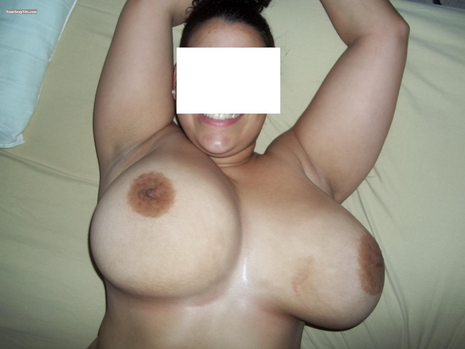 Tit Flash: Very Big Tits - Lily36ddd from United States