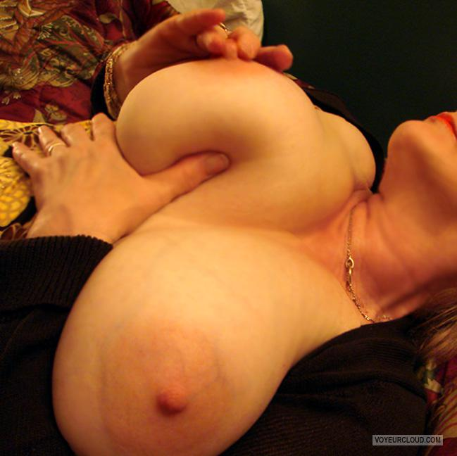 Tit Flash: My Very Big Tits - SHARON from United States