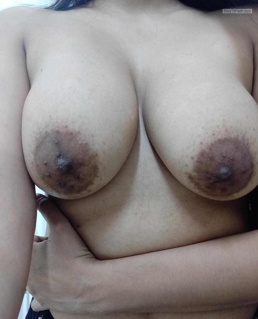 Very big Tits Of My Room Mate BigTits Need Tongue