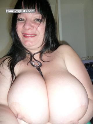Tit Flash: Very Big Tits - HARMONY from France