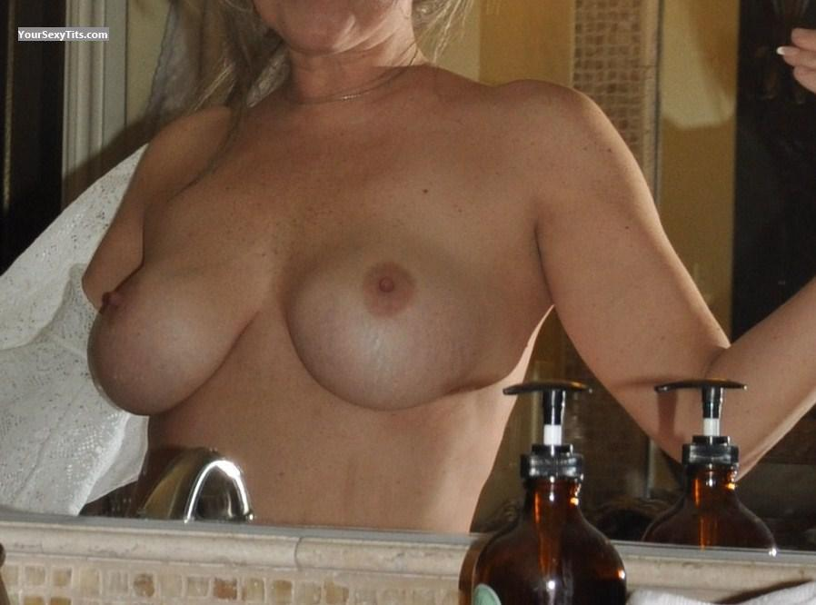 Tit Flash: Wife's Very Big Tits - Young Wife from United States