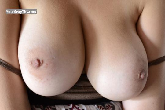 Tit Flash: Very Big Tits - CTDD from United States