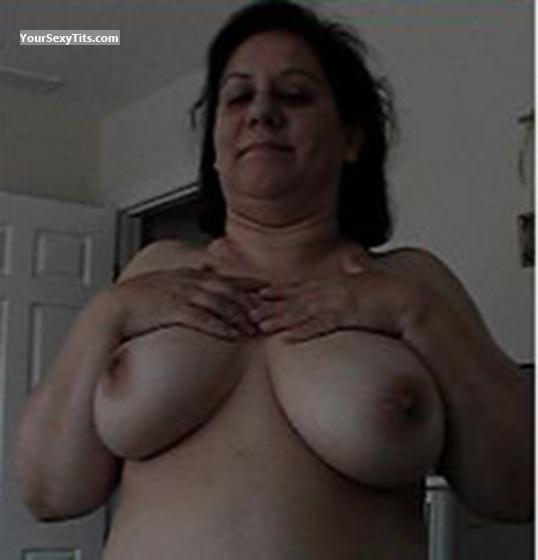 Very big Tits Of My Wife Topless Linda