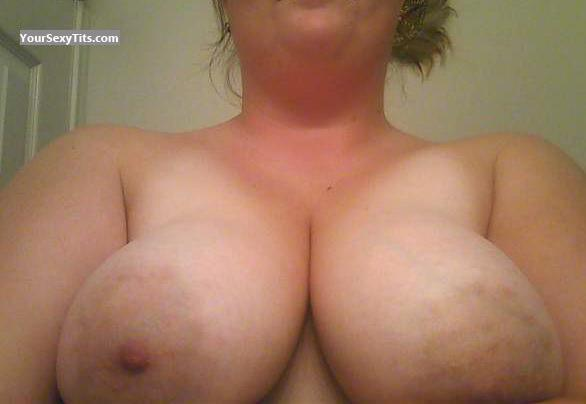 Tit Flash: My Very Big Tits (Selfie) - Areola from United States
