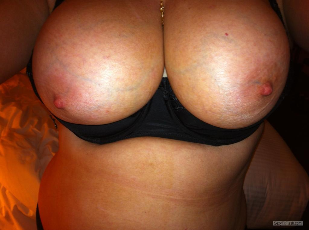 Very big Tits Of My Girlfriend Selfie by Ronni