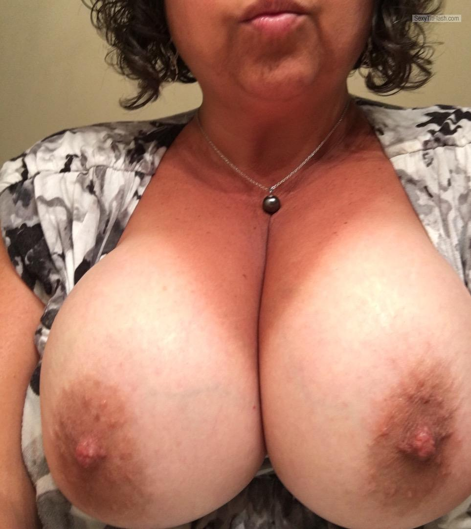 Very big Tits Of My Wife Molly