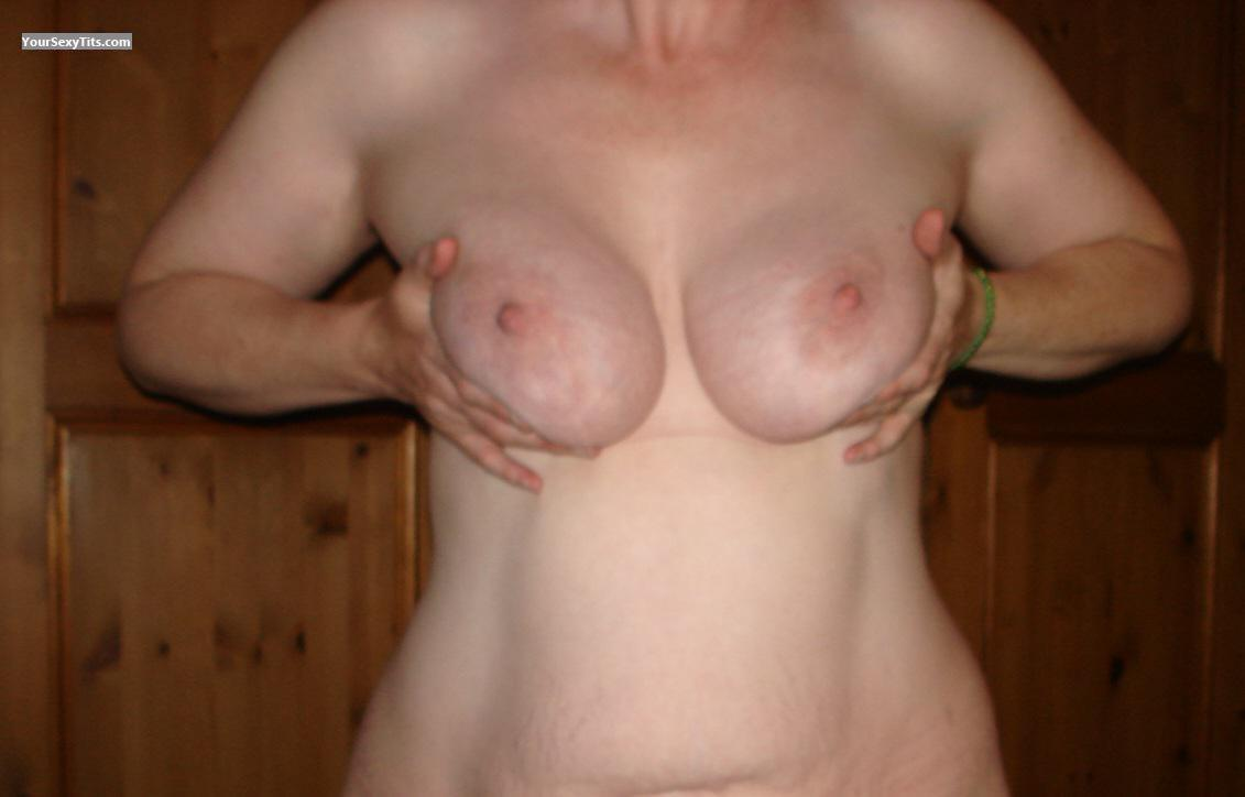 Tit Flash: Very Big Tits - Sbuk22 from United Kingdom