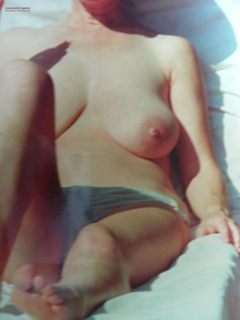 Tit Flash: Wife's Very Big Tits - Jen from United Kingdom