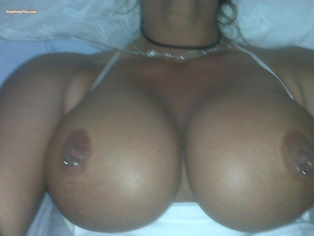 Very big Tits Playful MILF