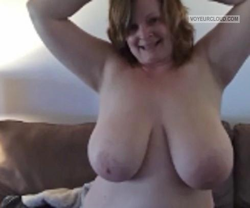 Tit Flash: Wife's Very Big Tits - Lynn Getting Ready For Work from United States