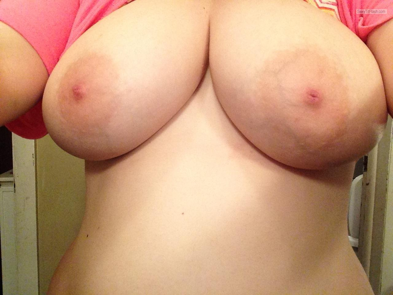 Tit Flash: Ex-Girlfriend's Very Big Tits (Selfie) - Kaylee from United States