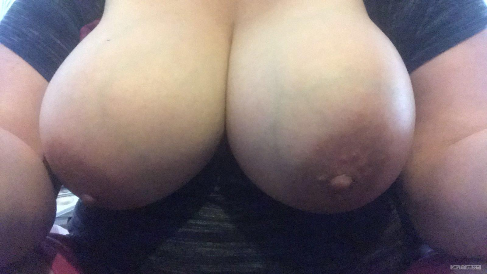 Very big Tits Of My Room Mate Selfie by My Online Slut