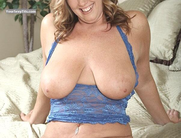 Very big Tits Diane With Big Tits