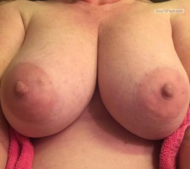 Tit Flash: Ex-Wife's Very Big Tits (Selfie) - Sweet C With DD from United States