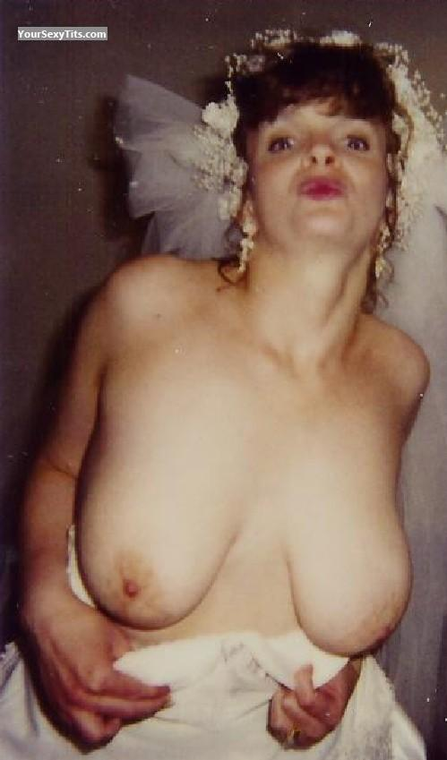 Tit Flash: Very Big Tits - Topless Allison from United States