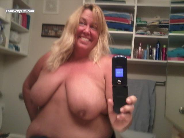 My Very big Tits Topless Selfie by Mams