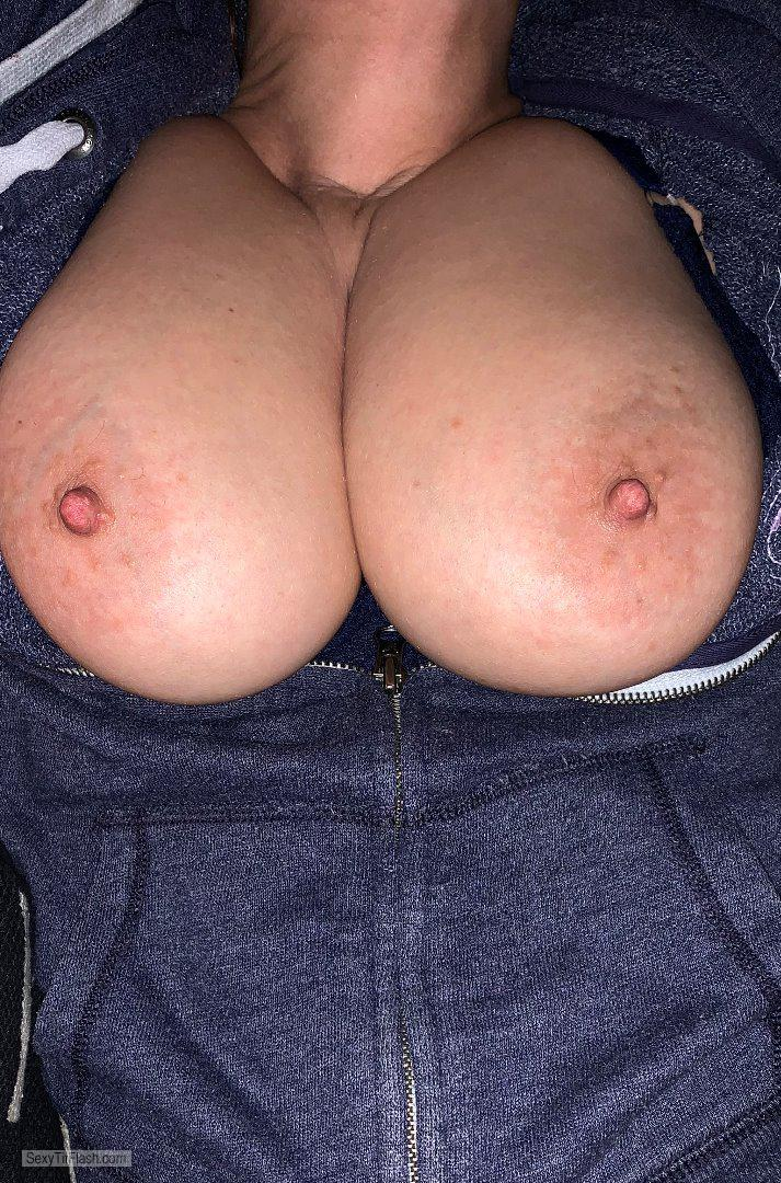 Tit Flash: My Very Big Tits - Sonja from Germany