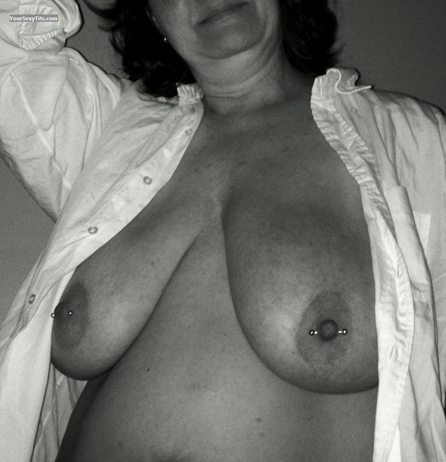 Very big Tits Of My Wife Ss64