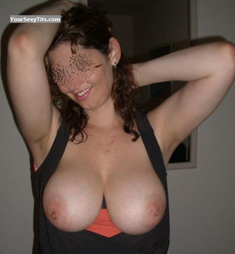 Tit Flash: Ex-Girlfriend's Very Big Tits - Sexy Bi Katie from United States