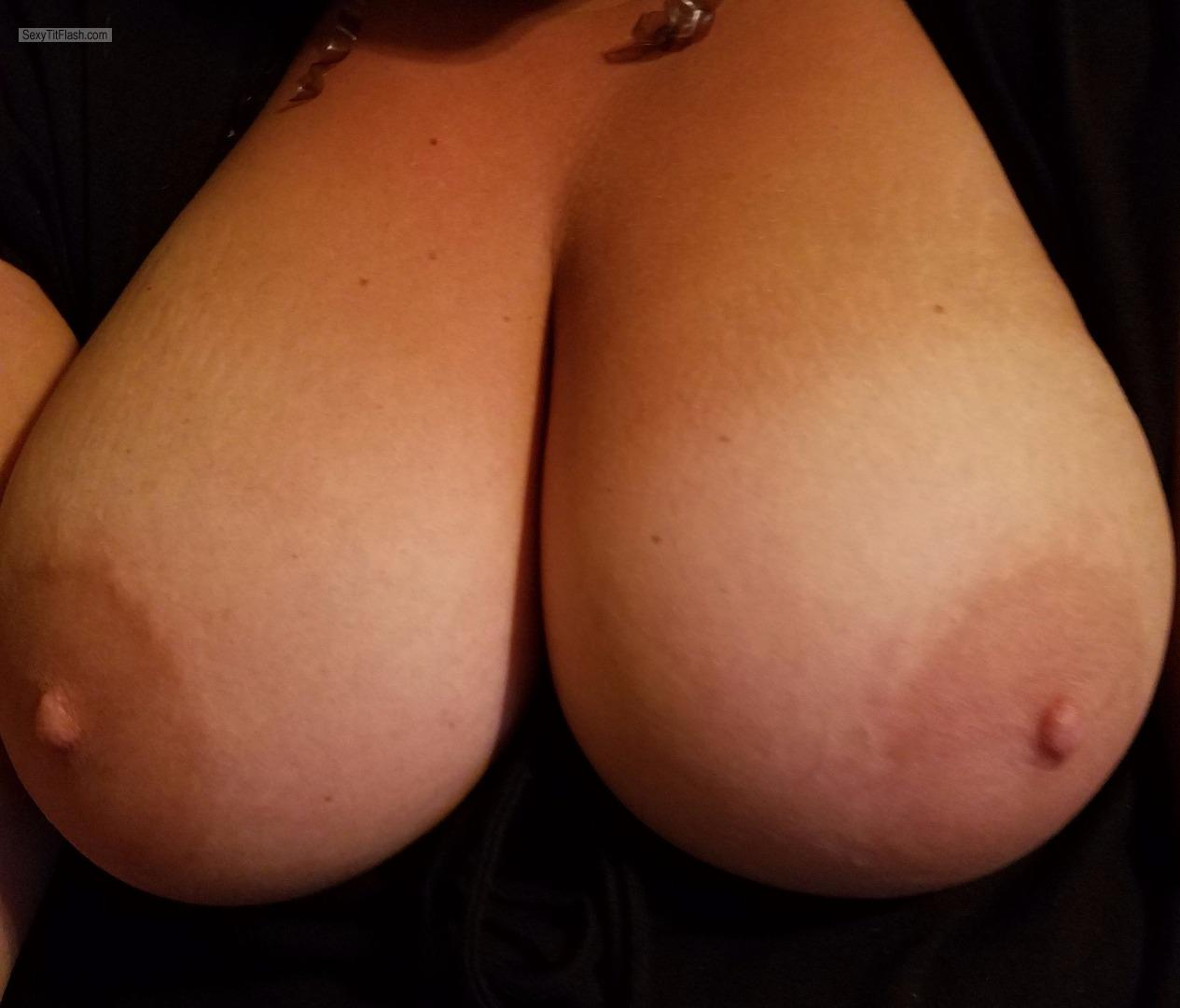 Very big Tits Of My Wife Natural DD
