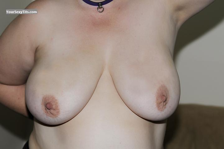 Tit Flash: Very Big Tits - Lilac from Canada