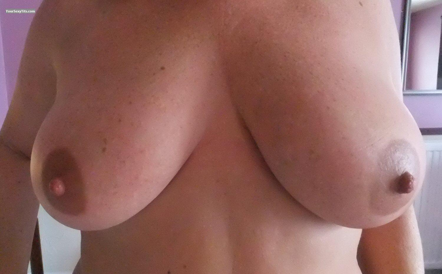 Tit Flash: Girlfriend's Very Big Tits - B And H from United Kingdom