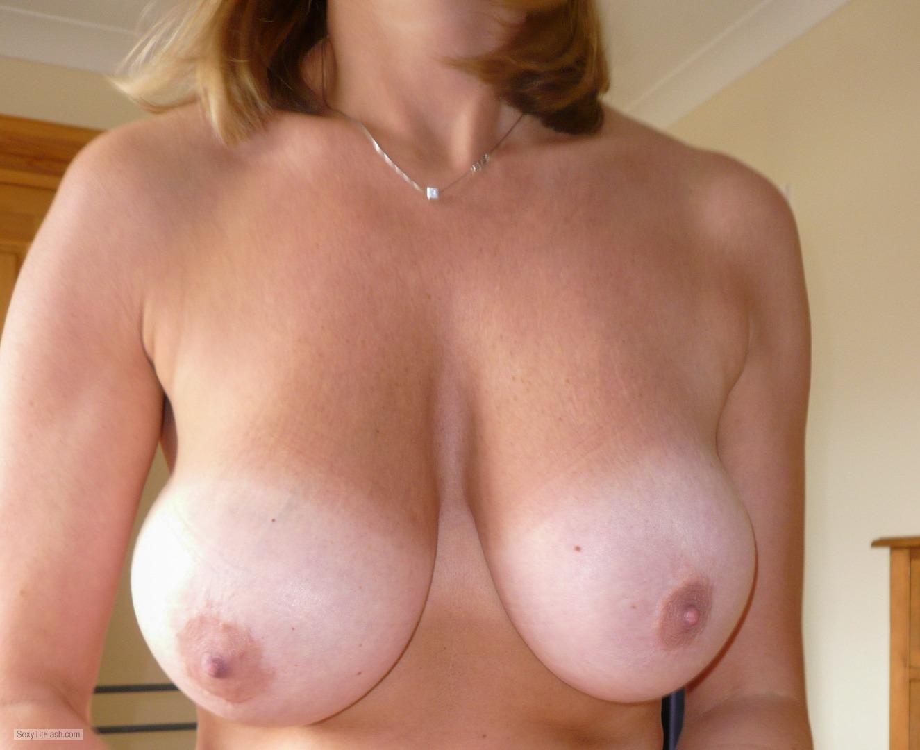 Very big Tits Of My Wife SammyAx
