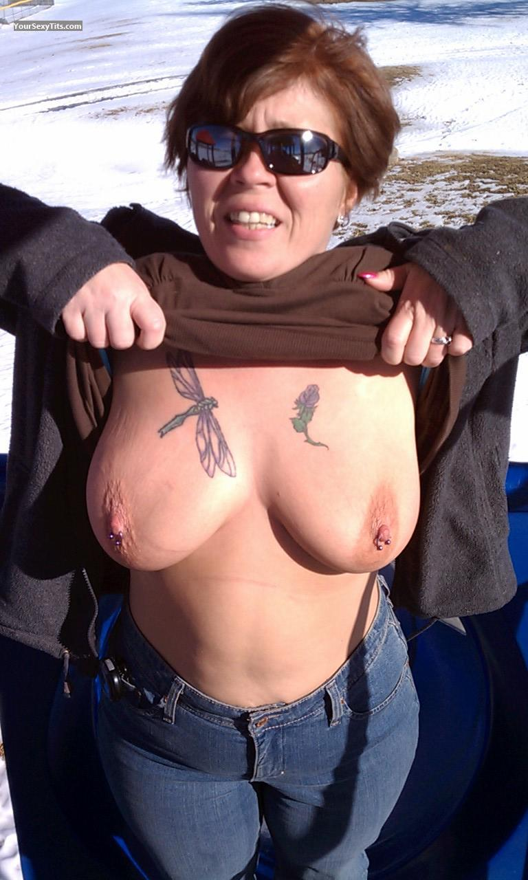 Very big Tits Topless Del