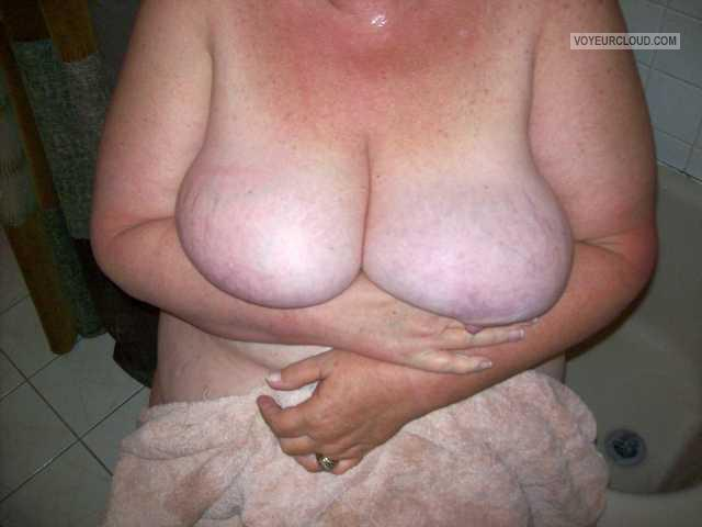 Very big Tits Of My Wife Gail
