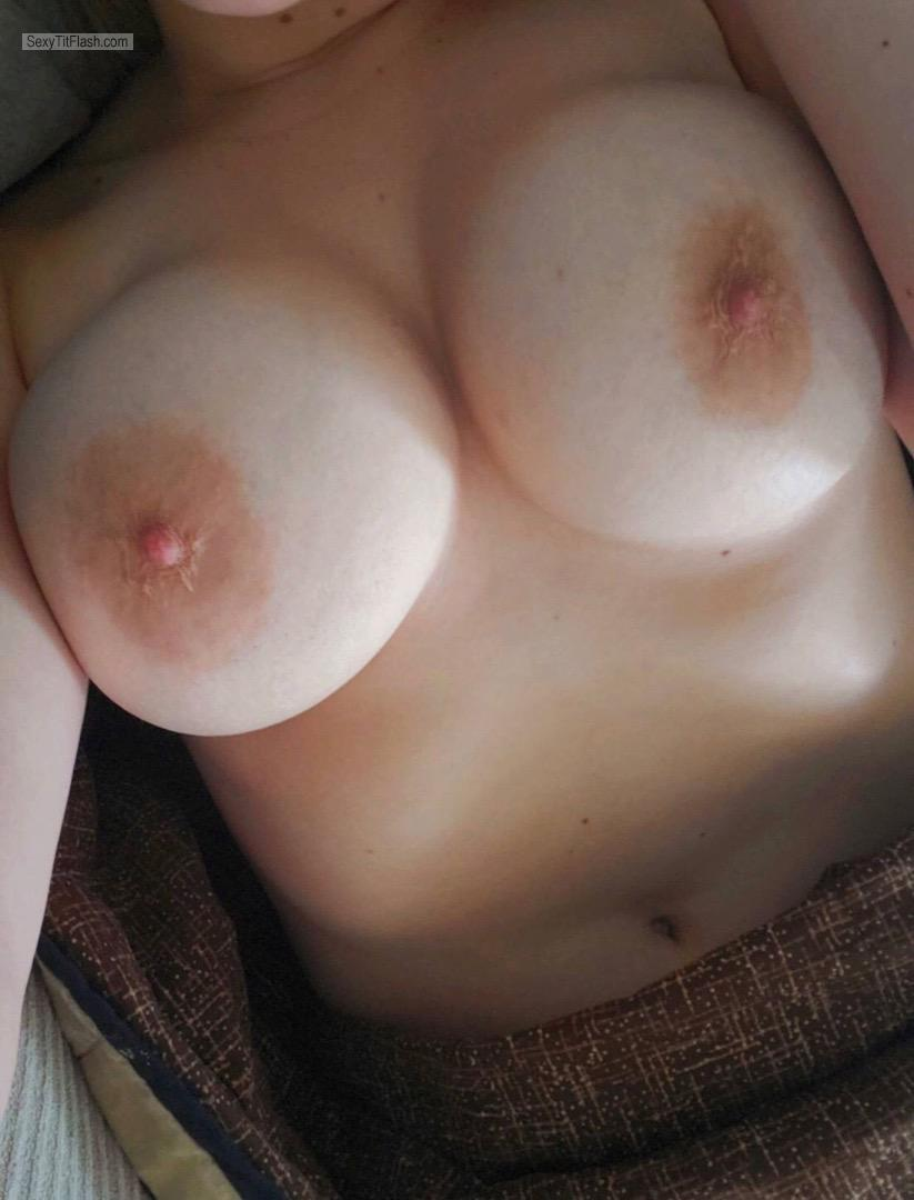 Tit Flash: Wife's Very Big Tits (Selfie) - Missouri Wife from United States