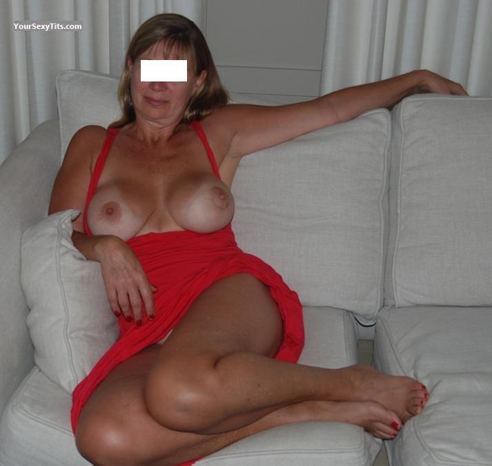 Tit Flash: Very Big Tits - Lacey from United States