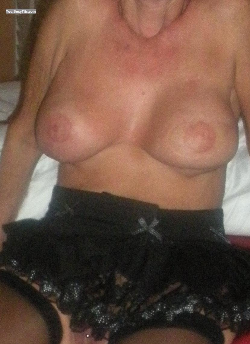 Tit Flash: Very Big Tits - CB from United States