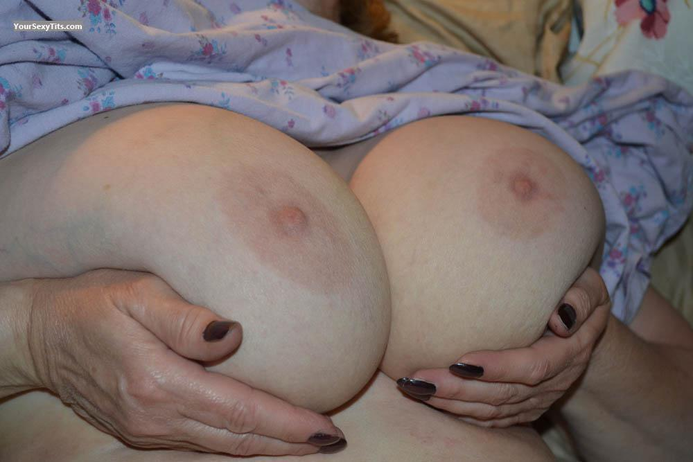 Tit Flash: Very Big Tits - Peachy from Canada