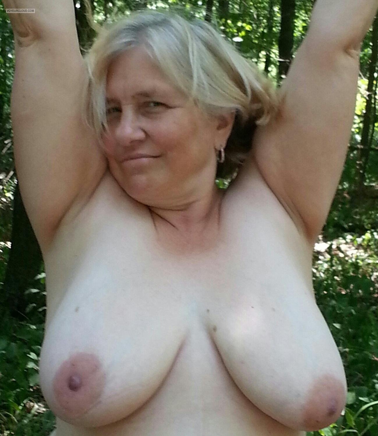 Big Tits Of My Wife Topless Pablo's