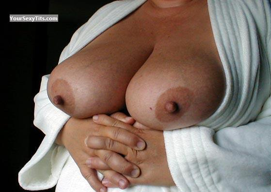 Very big Tits BMW
