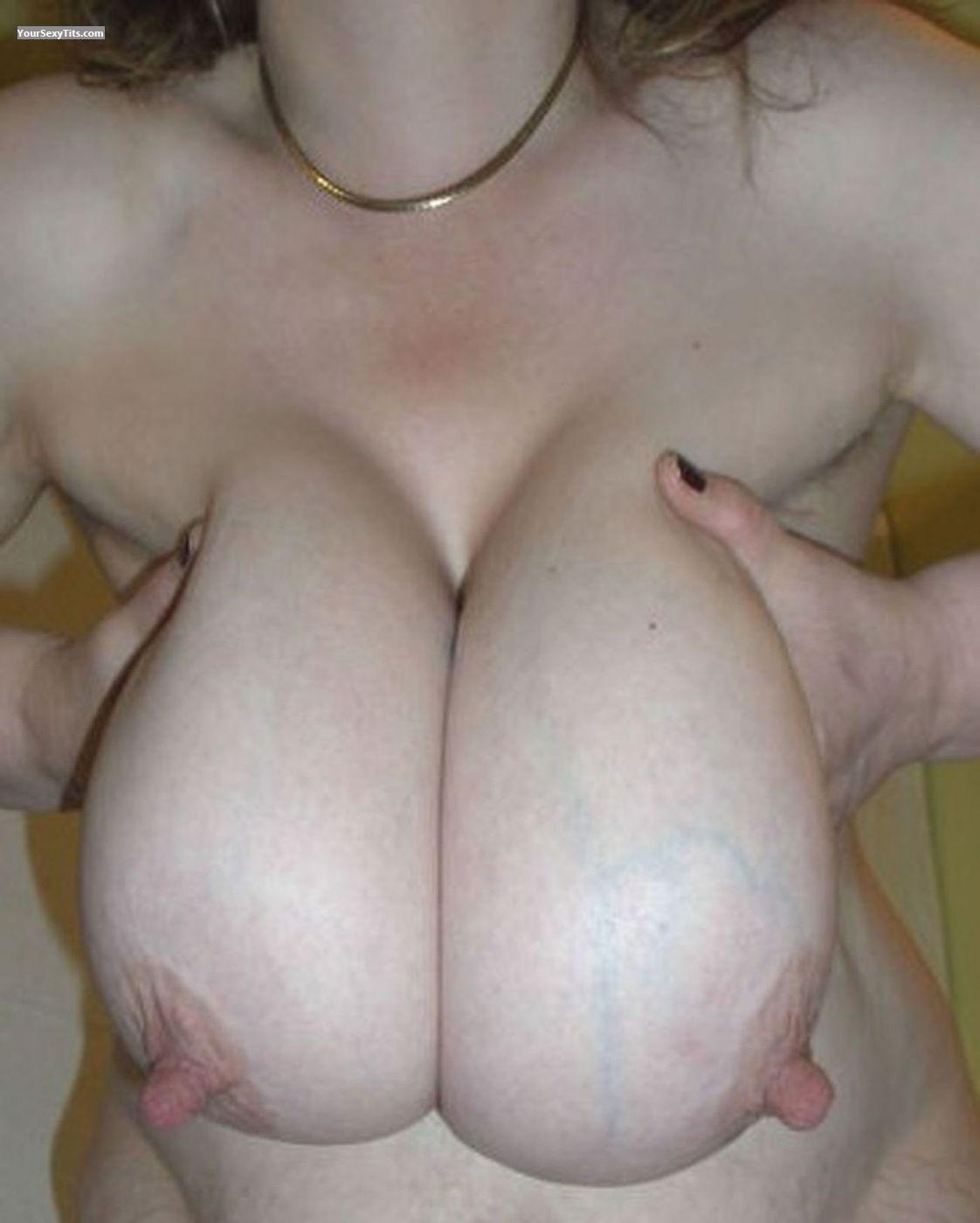 Tit Flash: Very Big Tits - Nips from Germany