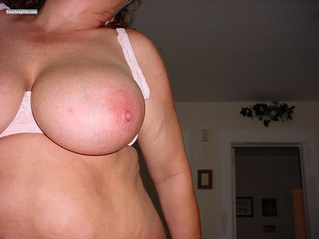 Tit Flash: Very Big Tits - A J from United States