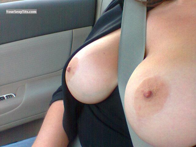 Tit Flash: Wife's Very Big Tits - RLO from United States
