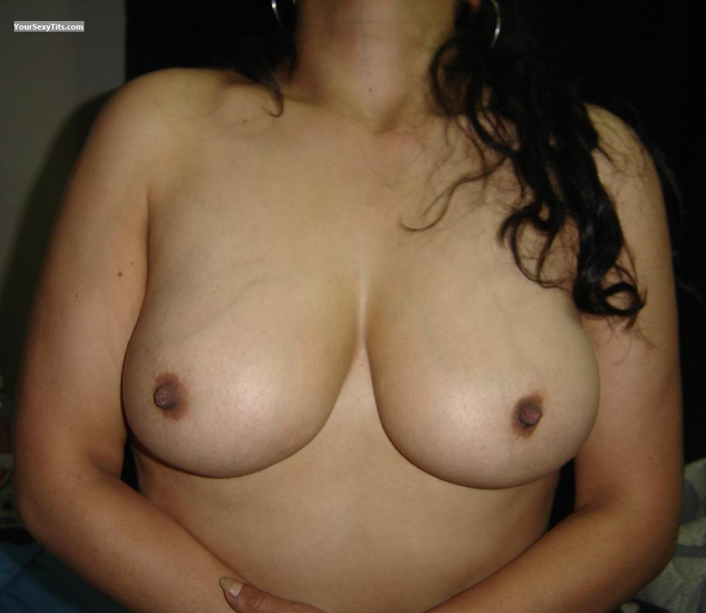 Tit Flash: Very Big Tits - Tomm from Mexico