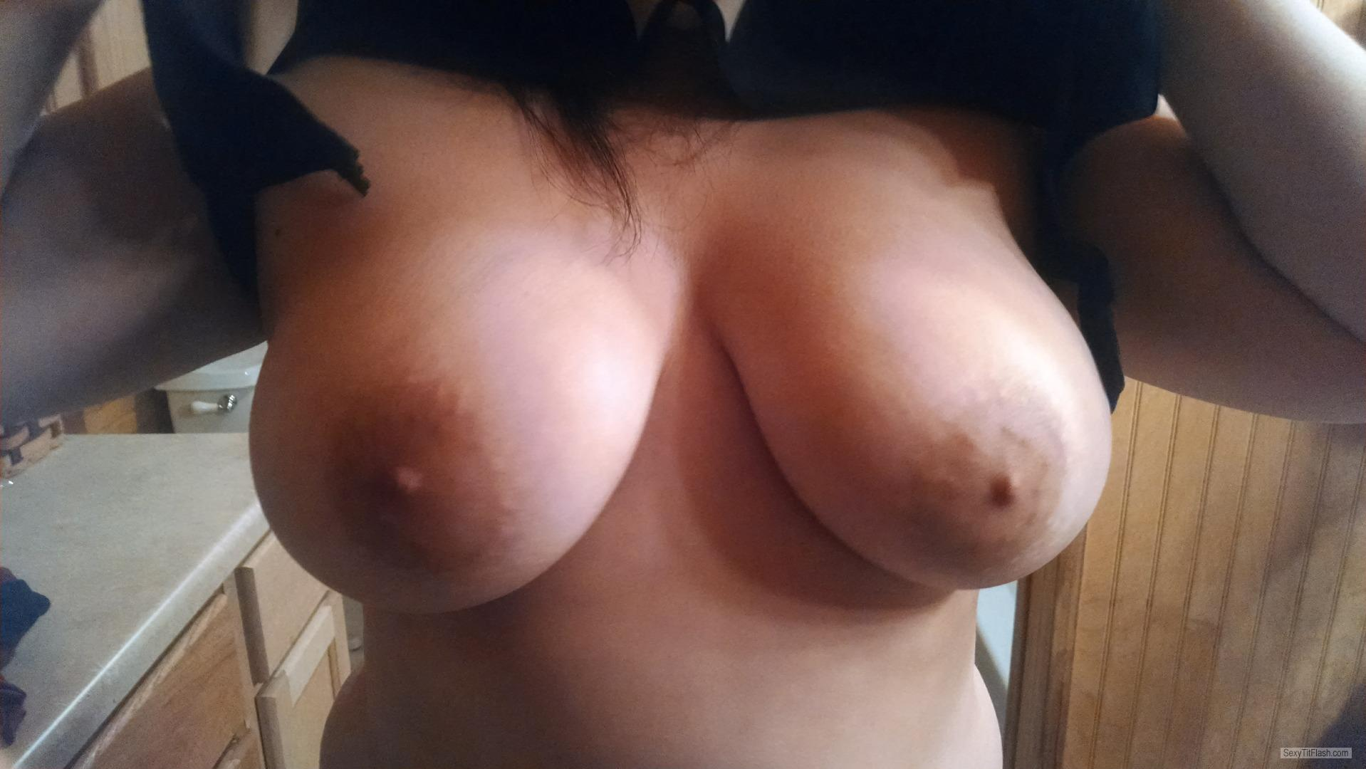 Tit Flash: Girlfriend's Big Tits - Sheps from United States