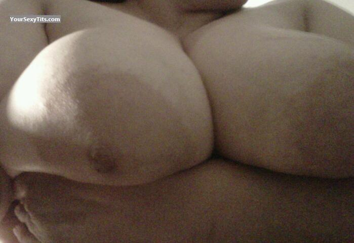 Tit Flash: Wife's Very Big Tits - Hotness_1 from United States