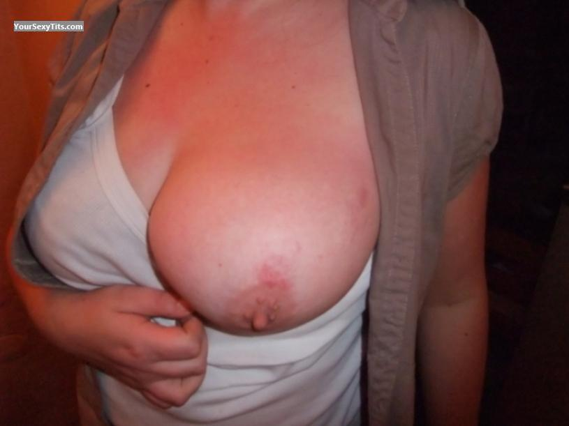Tit Flash: Very Big Tits - Zeal from United Kingdom
