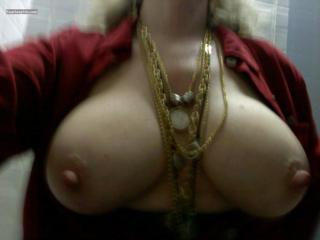 Very big Tits Of My Wife Josie