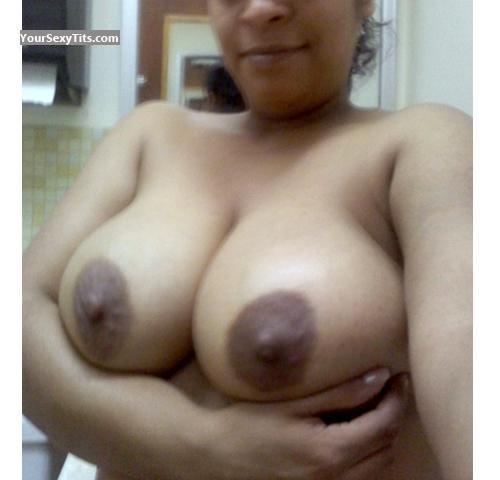 Tit Flash: My Friend's Very Big Tits (Selfie) - Huge Nipples from United States