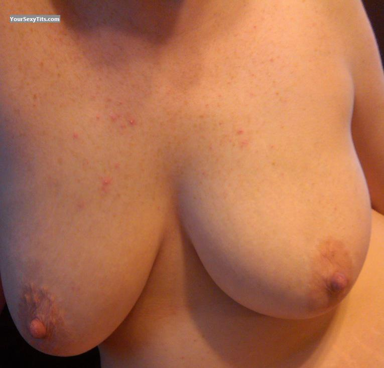 Tit Flash: Wife's Very Big Tits - Mommakaren81 from United States