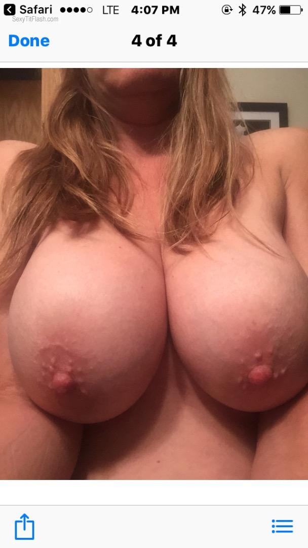 Tit Flash: Wife's Very Big Tits - Wife from Canada